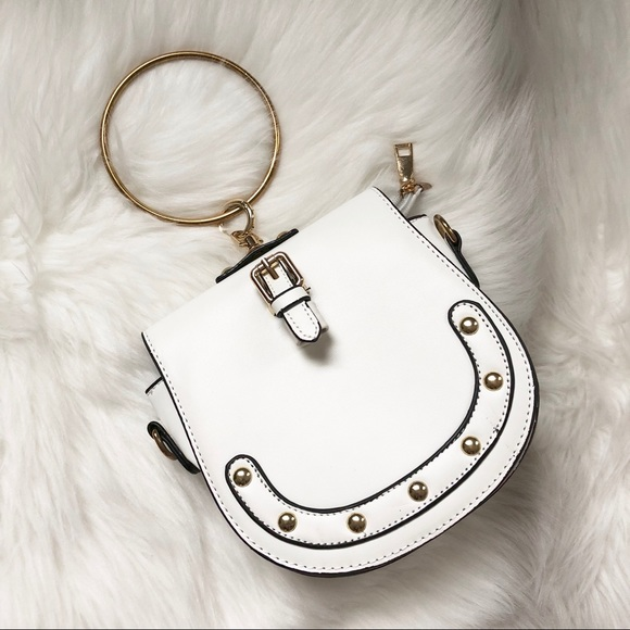 446ec9ee53 Ring handle white clutch. M_5c5c89b2a31c339b9cf9aca1